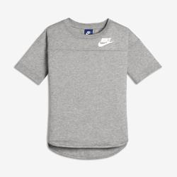 Футболка для девочек школьного возраста Nike SportswearФутболка для девочек школьного возраста Nike Sportswear из первоклассной смесовой ткани обеспечивает мягкость и комфорт на весь день.<br>