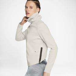 Женская футболка для тренинга Nike ThermaЖенская футболка для тренинга Nike Therma из мягкой влагоотводящей ткани обеспечивает тепло и комфорт во время тренировок в холодную погоду. Заниженный карман для удобного доступа к телефону.<br>