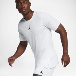 Мужская баскетбольная футболка с коротким рукавом Jordan 23 TechМужская баскетбольная футболка с коротким рукавом Jordan 23 Tech из влагоотводящей ткани со вставкой из сетки на спине обеспечивает вентиляцию и комфорт во время игры.<br>