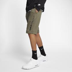 Мужские шорты Nike Sportswear Air MaxМужские шорты Nike Sportswear Air Max из ткани френч терри с ткаными накладками обеспечивают комфорт и аккуратный вид на каждый день.<br>