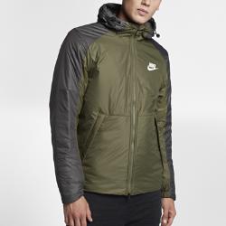 Мужская куртка Nike SportswearМужская куртка Nike Sportswear с мягким внутренним слоем из флиса и невесомым наполнителем обеспечивает тепло и комфорт в холодную погоду.<br>