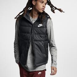 Мужской жилет Nike SportswearМужской жилет Nike Sportswear с мягким подкладом и невесомым наполнителем обеспечивает тепло и комфорт в холодную погоду.<br>