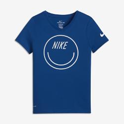 Футболка для девочек школьного возраста Nike Dry SmileyФутболка для девочек школьного возраста Nike Dry Smiley из влагоотводящей ткани обеспечивает комфорт.<br>