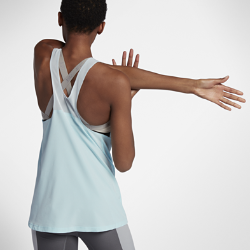 Женская майка для тренинга Nike BreatheЖенская майка для тренинга Nike Breathe из легкой влагоотводящей ткани с зонами усиленной вентиляции обеспечивает охлаждение и комфорт во время тренировок.<br>