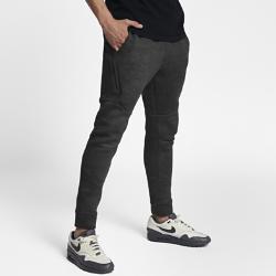 Мужские брюки Nike Sportswear Tech FleeceМужские брюки Nike Sportswear Tech Fleece из инновационной ткани обеспечивают тепло и комфортную защиту без лишних слоев.<br>