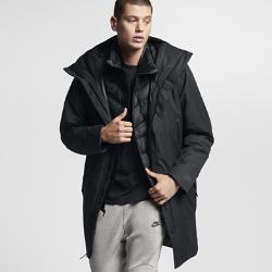 Мужская куртка Nike Sportswear AeroLoft 3-in-1Мужская куртка Nike Sportswear AeroLoft 3-in-1 помогает адаптироваться к любой погоде. Влагонепроницаемый внешний слой и внутренний жилет с наполнителем можно носить вместе илиотдельно.  Защита от дождя  Внешняя куртка с удлиненным кроем и внутренний жилет дополнены влагонепроницаемым покрытием для абсолютной защиты от дождя.  Тепло и воздухопроницаемость  Внутренний жилет с технологией Nike AeroLoft обеспечивает тепло, не допуская перегрева. Перфорация между отсеками с наполнителем отводит излишки тепла.  Универсальность  Внешнюю куртку можно отстегнуть от внутреннего жилета, когда станет тепло.<br>