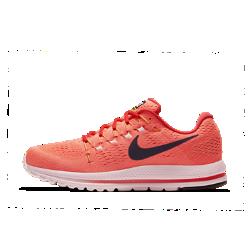 Мужские беговые кроссовки Nike Air Zoom Vomero 12Мужские беговые кроссовки Nike Air Zoom Vomero 12 обеспечивают мягкую и упругую амортизацию для новых рекордов скорости.<br>