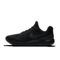 Мужские беговые кроссовки Nike LunarEpic Low Flyknit 2Победитель премии «Выбор редактора» Competitor Magazine 2017.  Мужские беговые кроссовки Nike LunarEpic Low Flyknit 2 — это усовершенствованная версия предыдущей модели с плотной посадкой и обновленным верхом без шнуровки. Все тот же потрясающий уровень амортизации и зональной поддержки поможет тебе преодолеть любую дистанцию.  Плотная посадка  Эластичная ткань Nike Flyknit плотно обхватывает стопу, обеспечивая естественную динамическую посадку.  Плавный переход с пятки на носок  Система амортизации Lunarlon сочетает в себе зоны из более мягкого и более жесткого пеноматериалов для поглощения ударных нагрузок и плавных движений стопы.  Зональная амортизация  Анатомическая подметка с учетом зон максимального давления обеспечивает амортизацию там, где это необходимо.<br>