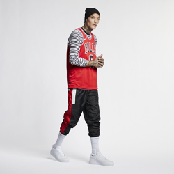 <ナイキ(NIKE)公式ストア>ザック ラビーン アイコン エディション スウィングマン (シカゴ・ブルズ) メンズ ナイキ NBA コネクテッド ジャージー 864465-666 レッド ★30日間返品無料 / Nike+メンバー送料無料!画像