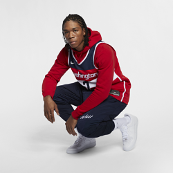 Мужское джерси Nike НБА John Wall Icon Edition Swingman Jersey (Washington Wizards) с технологией NikeConnectСозданное по образцу аутентичных джерси НБА мужское джерси Nike НБА Icon Edition Swingman (Washington Wizards) с технологией NikeConnect обеспечивает комфорт и охлаждение при движении, позволяя тебе демонстрировать поддержку любимой команды. Войди в игру Джерси Nike НБА с технологией NikeConnect дает удобный доступ к информации об атлетах и уникальных предложениях, а также шанс стать ближе к любимой игре. Загрузи приложение NikeConnect и отсканируй этикетку на нижней кромке своего джерси с помощью смартфона. Легкость и комфорт Легкая и прочная сетка двойного переплетения для охлаждения. Отведение влаги Технология Dri-FIT отводит влагу и обеспечивает комфорт. Информация о товаре  Твиловые имя и номер игрока нанесены методом термопечати Аутентичные логотипы и цвета Состав: 100% переработанный полиэстер Машинная стирка Импорт<br>