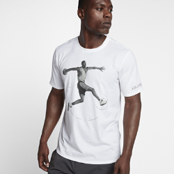 Мужская футболка Air Jordan 5Мужская футболка Air Jordan 5 из прочного чистого хлопка обеспечивает комфорт на весь день.<br>