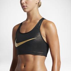 Спортивное бра со средней поддержкой Nike Classic SwooshСпортивное бра со средней поддержкой Nike Classic Swoosh обеспечивает поддержку и свободу движений на тренировке благодаря компрессионной посадке и заниженным бретелям Т-образной спины.<br>