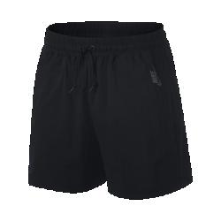 Женские шорты из тканого материала NikeLab Essentials 9 смЖенские шорты NikeLab Essentials 9 см из легкого, воздухопроницаемого и эластичного тканого материала идеально подходят для теплой погоды.<br>