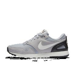 Мужские кроссовки Nike Air VibennaМужские кроссовки Nike Air Vibenna, вдохновленные беговыми моделями 80-х, обеспечивают современный уровень комфорта благодаря дышащему верху и мягкой амортизации.<br>