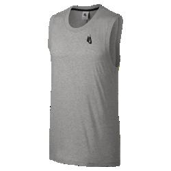 Мужская майка NikeLab EssentialsМужскую майку NikeLab Essentials можно сочетать с другой одеждой весной и носить отдельно в жаркие летние дни.<br>