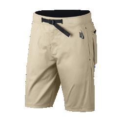 Мужские шорты из тканого материала NikeLab Essentials Utility 26,5 смМужские шорты из тканого материала NikeLab Essentials Utility 26,5 см — это универсальная модель в современном стиле. Слегка эластичный материал обеспечивает свободу движений.<br>