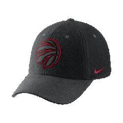Бейсболка НБА унисекс Toronto Raptors Nike Heritage86Бейсболка НБА унисекс Toronto Raptors Nike Heritage86 из фланелевой ткани с классической конструкцией из шести панелей обеспечивает тепло и оптимальный комфорт. Преимущества  Легкая фланелевая ткань для тепла Кожаный ремешок сзади с металлической пряжкой для регулируемой посадки Передние панели с подкладкой для мягкости и комфорта  Информация о товаре  Состав: основа: 51% шерсть/49% вискозное волокно Удаление пятен вручную Импорт<br>