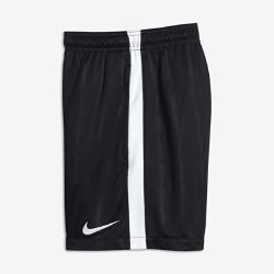 Футбольные шорты для школьников Nike Dry SquadФутбольные шорты для школьников Nike Dry Squad из влагоотводящей ткани с боковыми полосами из рубчатой ткани обеспечивают вентиляцию, комфорт и свободу движений на поле.<br>
