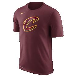 Мужская футболка НБА Cleveland Cavaliers Nike Dry LogoМужская футболка НБА Cleveland Cavaliers Nike Dry Logo из ткани Dri-FIT обеспечивает комфорт во время игры и на каждый день. Преимущества  Ткань Nike Dry отводит влагу и обеспечивает комфорт Горловина из рубчатой ткани для дополнительной прочности  Информация о товаре  Печатный логотип команды с блестящими акцентами Состав: 58% хлопок/42% полиэстер Машинная стирка Импорт<br>