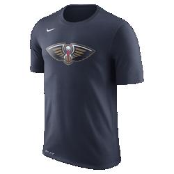 Мужская футболка НБА New Orleans Pelicans Nike Dry LogoМужская футболка НБА New Orleans Pelicans Nike Dry Logo из ткани Dri-FIT обеспечивает комфорт во время игры и на каждый день. Преимущества  Ткань Nike Dry отводит влагу и обеспечивает комфорт Горловина из рубчатой ткани для дополнительной прочности  Информация о товаре  Печатный логотип команды с блестящими акцентами Состав: 58% хлопок/42% полиэстер Машинная стирка Импорт<br>