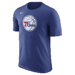 Мужская футболка НБА Philadelphia 76ers Nike Dry LogoМужская футболка НБА Philadelphia 76ers Nike Dry Logo из ткани Dri-FIT обеспечивает комфорт во время игры и на каждый день. Преимущества  Ткань Nike Dry отводит влагу и обеспечивает комфорт Горловина из рубчатой ткани для дополнительной прочности  Информация о товаре  Печатный логотип команды с блестящими акцентами Состав: 58% хлопок/42% полиэстер Машинная стирка Импорт<br>