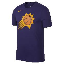 Мужская футболка НБА Phoenix Suns Nike Dry LogoМужская футболка НБА Phoenix Suns Nike Dry Logo из ткани Dri-FIT обеспечивает комфорт во время игры и на каждый день. Преимущества  Ткань Nike Dry отводит влагу и обеспечивает комфорт Горловина из рубчатой ткани для дополнительной прочности  Информация о товаре  Печатный логотип команды с блестящими акцентами Состав: 58% хлопок/42% полиэстер Машинная стирка Импорт<br>