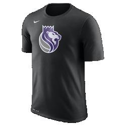 Мужская футболка НБА Sacramento Kings Nike Dry LogoМужская футболка НБА Sacramento Kings Nike Dry Logo из ткани Dri-FIT, украшенной символикой команды, обеспечивает комфорт во время игры и на каждый день. Преимущества  Ткань Nike Dry отводит влагу и обеспечивает комфорт Горловина из рубчатой ткани для дополнительной прочности  Информация о товаре  Печатный логотип команды с блестящими акцентами Состав: 58% хлопок/42% полиэстер Машинная стирка Импорт<br>