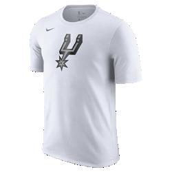 Мужская футболка НБА San Antonio Spurs Nike Dry LogoМужская футболка НБА San Antonio Spurs Nike Dry Logo из ткани Dri-FIT обеспечивает комфорт во время игры и на каждый день. Преимущества  Ткань Nike Dry отводит влагу и обеспечивает комфорт Горловина из рубчатой ткани для дополнительной прочности  Информация о товаре  Печатный логотип команды с блестящими акцентами Состав: 58% хлопок/42% полиэстер Машинная стирка Импорт<br>