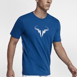 Мужская футболка NikeCourt Rafael NadalМужская футболка NikeCourt Rafael Nadal из мягкого и прочного хлопка обеспечивает комфорт на весь день.<br>