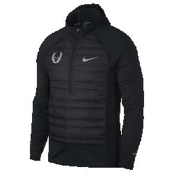 Мужская беговая куртка с длинным рукавом Nike AeroLoftМужская беговая куртка с длинным рукавом Nike AeroLoft обеспечивает комфорт во время бега в холодную погоду благодаря молнии до середины груди, как у футболки, и крою каку худи. Вставки из легкого дышащего наполнителя расположены на груди и спине, а капюшон, рукава и боковые вставки выполнены из мягкой ткани джерси.  Комфорт и тепло  Спереди и сзади вставки с наполнителем 800FP. Наполнитель с прочным водоотталкивающим покрытием DWR не сбивается в комки. Перфорация между отсеками с наполнителем и наспине пропускает воздух и отводит излишки тепла, обеспечивая эффективную терморегуляцию.  Отведение влаги  Капюшон, рукава и боковые вставки изготовлены из очень мягкой влагоотводящей ткани джерси. Ткань с технологией Dri-FIT отводит влагу и обеспечивает комфорт.  Комфорт  Молния до середины груди позволяет регулировать вентиляцию. Созданный для бега капюшон плотно прилегает к голове и имеет эластичный кант для фиксации во время движения.<br>