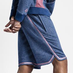 Баскетбольные шорты NikeLab x PigalleБаскетбольные шорты NikeLab x Pigalle из комфортной ткани отлично подходят как для игры, так и на каждый день. Функциональные элементы позволяют надежно хранить все необходимое и регулировать посадку.<br>