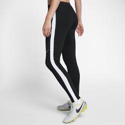 Женские футбольные брюки Nike Dry SquadЖенские футбольные брюки Nike Dry Squad из эластичной влагоотводящей ткани обеспечивают комфорт и свободу движений.<br>