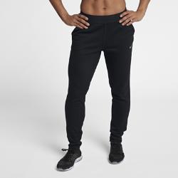 Женские брюки для тренинга Nike Dri-FITЖенские брюки для тренинга Nike Dri-FIT из влагоотводящей ткани с зауженным кроем обеспечивают комфорт, помогая сосредоточиться на тренировке.<br>