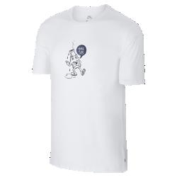 Мужская футболка Nike SB BottleМужская футболка Nike SB Bottle из мягкого и прочного хлопка обеспечивает комфорт на весь день.<br>