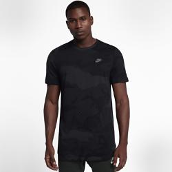 Мужская футболка Nike SportswearМужская футболка Nike Sportswear из мягкого хлопка с удлиненной нижней кромкой обеспечивает длительный комфорт.<br>