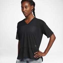 Женская футболка для тренинга с коротким рукавом Nike BreatheЖенская футболка для тренинга с коротким рукавом Nike Breathe обеспечивает охлаждение и комфорт во время тренировки благодаря превосходной воздухопроницаемой конструкции.<br>