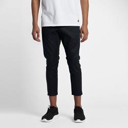 Мужские брюки из тканого материала Nike Sportswear BondedМужские брюки из тканого материала Nike Sportswear Bonded — свежий взгляд на модель рабочих брюк. Несколько карманов позволяют хранить необходимые мелочи, а укрепленные элементы создают стильный образ.<br>