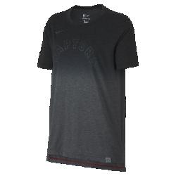 Женская футболка НБА Toronto Raptors Nike DryЖенская футболка НБА Toronto Raptors Nike Dry из мягкой влагоотводящей ткани с яркой графикой и светоотражающими деталями в стиле команды обеспечивает комфорт на весь день. Преимущества  Ткань Nike Dry отводит влагу и обеспечивает комфорт Удлиненная сзади нижняя кромка для дополнительной защиты  Информация о товаре  Светоотражающая этикетка с символикой команды на нижней кромке Состав: 75% полиэстер/13% хлопок/12% вискозное волокно Машинная стирка Импорт<br>