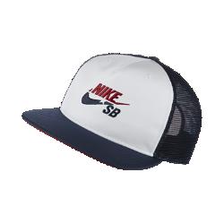 Бейсболка с застежкой Nike SB TruckerБейсболка с застежкой Nike SB Trucker с сетчатыми панелями обеспечивает вентиляцию в жаркую погоду, а застежка сзади позволяет регулировать посадку.<br>