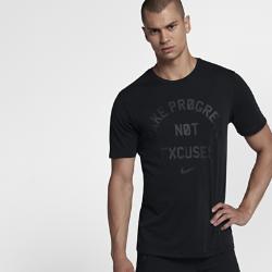 """Мужская футболка для тренинга Nike Dry """"Make Progress Not Excuses""""Мужская футболка для тренинга Nike Dry """"Make Progress Not Excuses"""" из влагоотводящей ткани обеспечивает комфорт во время тренировки.<br>"""