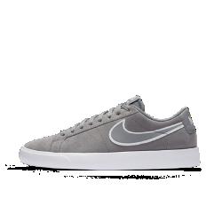 Мужская обувь для скейтбординга Nike SB Blazer VaporМужская обувь для скейтбординга Nike SB Blazer Vapor — обновленная версиябаскетбольной легенды, адаптированной для скейтбординга с ультралегкой системой амортизации и более тонкой резиновой подошвой. Дополнения обеспечивают точный контроль, более уверенное сцепление с доской и потрясающий комфорт для снижения нагрузки на стопу.  Легкая конструкция  Благодаря обновленному амортизирующему пеноматериалу самая легкая версия Nike SB Blazer помогает жить на скорости и кататься еще быстрее.  Мгновенная амортизация  Стелька и вставка Nike Zoom Air в области пятки поглощают ударные нагрузки при приземлении, обеспечивая комфорт на весь день во время тренировок.  Уверенное сцепление с доской  Более тонкая резиновая подошва обеспечивает более уверенное сцепление с доской и необходимую прочность для катания каждый день.<br>