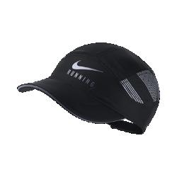 Бейсболка с застежкой для бега Nike AeroBill EliteБейсболка с застежкой для бега Nike AeroBill Elite обеспечивает воздухопроницаемость, комфорт и отведение влаги, защищая глаза от солнца и влаги во время бега.<br>