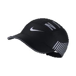 Женская бейсболка с застежкой для бега Nike AeroBill EliteЖенская бейсболка с застежкой для бега Nike AeroBill Elite с влагоотводящей технологией обеспечивает воздухопроницаемость и комфорт, защищая глаза от солнца и влаги во время бега.<br>