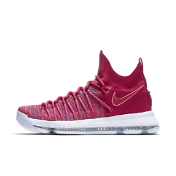 Мужские баскетбольные кроссовки Nike Zoom KD 9 EliteМужские баскетбольные кроссовки Nike Zoom KD 9 Elite с инновационной системой амортизации обеспечивают непревзойденную упругость и контроль, необходимые для маневренности.  Амортизация без компромиссов  Вставка Nike Zoom Air в новом исполнении обеспечивает естественность движений и непревзойденную амортизацию. Благодаря уплотнению в области пятки вставка поглощает ударные нагрузки, а более тонкая часть в области носка позволяет лучше контролировать движения.  Великолепная посадка  Верх из эластичного материала Flyknit облегает стопу, обеспечивая идеальную посадку, воздухопроницаемость, комфорт и поддержку в нужных зонах.  Фиксация и поддержка  Пересекающиеся петли для шнурков образуют сетку, которая поддерживает стопу при резких рывках и скоростных прорывах.<br>