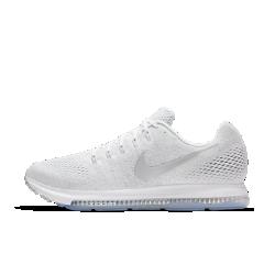 Мужские беговые кроссовки Nike Zoom All Out LowМужские беговые кроссовки Nike Zoom All Out Low с одной из самых эффективных технологий Nike для мгновенной амортизации созданы для пробежек на самой высокой скорости. Легкаяподдерживающая конструкция обеспечивает комфорт на всей дистанции. Благодаря минималистичному дизайну кроссовки подходят не только для бега, но и для повседневной жизни.  Скорость и стабилизация  Вставка Zoom Air длиной 3/4 создает превосходную мгновенную амортизацию. Когда стопа касается земли, вставка Zoom Air быстро принимает исходную форму, возвращая энергию при каждом шаге. Чем быстрее ты бежишь, тем больше возврат энергии. Эта версия вставки Zoom Air шире классической, и поэтому она обеспечивает повышенную стабилизацию.  Воздухопроницаемость и комфорт  Легкий материал Flymesh пропускает воздух, предотвращая перегрев.  Невероятная легкость и поддержка  Легкие, но прочные нити Flywire охватывают боковые части стопы. Чем сильнее ты затягиваешь шнурки, тем больше поддержки дает технология Flywire, — это особенно полезно, если тебе нужна максимальная скорость.<br>
