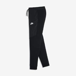 Брюки для мальчиков школьного возраста Nike AirБрюки для мальчиков школьного возраста Nike Air из мягкой ворсистой ткани с плотной посадкой и графикой, вдохновленной культурой Air Max, обеспечивают свободу движений, позволяя ни на что не отвлекаться.<br>