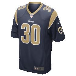 Мужское джерси для американского футбола NFL Los Angeles Rams Game Jersey (Todd Gurley II)Болей за любимую команду в джерси NFL Los Angeles Rams, созданном под вдохновением от игры ее лучших игроков, и сохраняй абсолютный комфорт.  Продуманный крой  Продуманный крой обеспечивает комфортную посадку и позволяет создать современный образ.  Мягкость  Силиконовый принт с номером устойчив к повреждениям и не утяжеляет джерси.  Абсолютный комфорт  Отсутствие этикетки под воротником для дополнительного комфорта.<br>