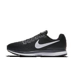 Мужские беговые кроссовки Nike Air Zoom Pegasus 34Мужские беговые кроссовки Nike Air Zoom Pegasus 34 с обновленным верхом из более легкого и дышащего материала Flymesh подойдут как для начинающих, так и для опытных бегунов. Проверенные временем амортизация и поддержка давно полюбились бегунам.  Воздухопроницаемость и комфорт  Цельный верх из легкого и дышащего материала Flymesh позволяет избежать перегрева. Эта версия материала Flymesh более легкая, но обеспечивает по-прежнему отличную поддержку по всей стопе.  Надежная посадка  Невероятно прочные нити Flywire, интегрированные в систему шнуровки, обхватывают стопу для поддержки, плотной посадки и надежной фиксации. Жесткий задник создает дополнительную стабилизацию.  Мгновенная амортизация  Амортизирующий пеноматериал со вставками Zoom Air в области пятки и передней части стопы создает ощущение дополнительного импульса при каждом шаге.<br>