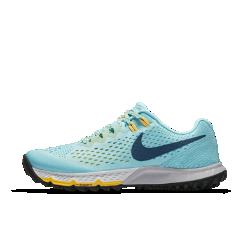 Женские беговые кроссовки Nike Air Zoom Terra Kiger 4Женские беговые кроссовки Nike Air Zoom Terra Kiger 4 созданы для бега по пересеченной местности: верх из материала Flymesh обеспечивает поддержку и вентиляцию, а рельефная подметка создает сцепление с разными типами поверхности.<br>