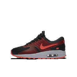 Кроссовки для школьников Nike Air Max Zero EssentialКроссовки для школьников Nike Air Max Zero Essential созданы на основе одного из ранних эскизов модели Air Max. Амортизация Max Air и потрясающе удобная посадка обеспечивают легкость в движении.<br>